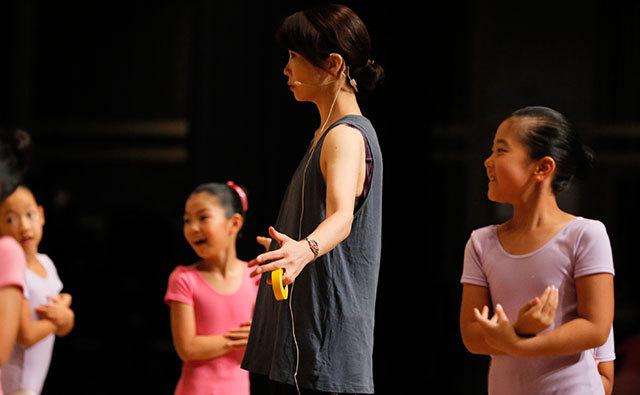 青山ダンススクールの特徴を教えていただけますか